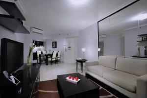 Aston Rasuna, Apartmanhotelek  Jakarta - big - 52