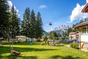 Hotel Villa Rosella Park & Wellness - Canazei di Fassa