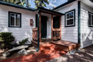 Doc's Cottages South Lake Tahoe - Accommodation - Stateline