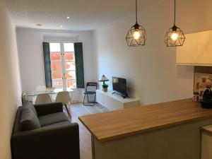 Apartamentos Mora 4 - Apartment - Girona