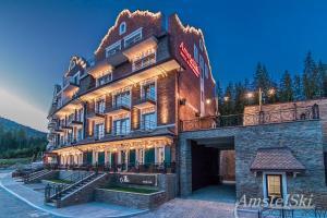 AmstelSki - Hotel - Bukovel