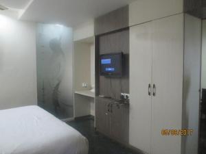 A.R Grand Hotel, Hotels  Visakhapatnam - big - 13