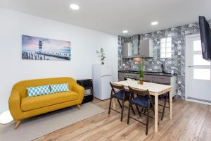 Modern 2bed with charm close to Camp Nou - Collblanch y La Torrassa