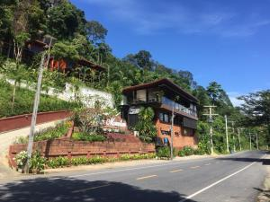 Blue Mountain Phangnga Resort - Takua Thung