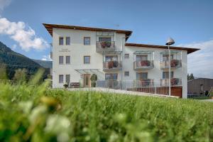 Garni Schorneck - Accommodation - Bruneck-Kronplatz