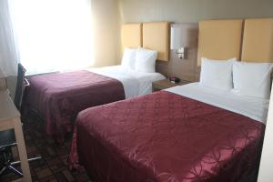 Days Inn by Wyndham Brooklyn Borough Park, Отели  Бруклин - big - 50