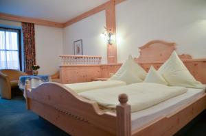 Hotel Restaurant Ferienwohnungen ALPENHOF, Aparthotels  Übersee - big - 3