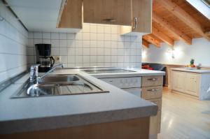 Hotel Restaurant Ferienwohnungen ALPENHOF, Aparthotels  Übersee - big - 17