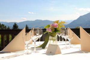 Hotel Restaurant Ferienwohnungen ALPENHOF, Apartmanhotelek  Übersee - big - 33