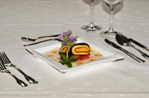 Hotel Restaurant Ferienwohnungen ALPENHOF, Apartmánové hotely  Übersee - big - 28