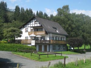 Pension-Gästehaus Waldhof, Vendégházak  Winterberg - big - 22