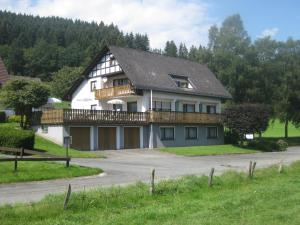 Pension-Gästehaus Waldhof, Vendégházak  Winterberg - big - 20