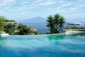 Grand Hotel Capodimonte - AbcAlberghi.com