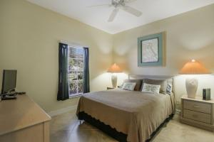 Falcons Glen Home #12950, Holiday homes  Naples - big - 28