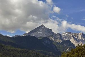 H+ Hotel Alpina Garmisch-Partenkirchen, Отели  Гармиш-Партенкирхен - big - 2