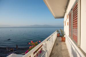Spacious apartment on the beachfront, Dovolenkové domy  Melission - big - 36