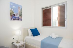 Spacious apartment on the beachfront, Dovolenkové domy  Melission - big - 35