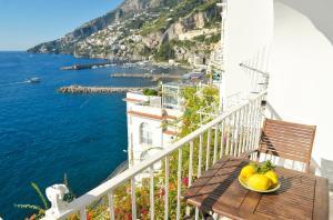 Amalfi Saracena House - AbcAlberghi.com