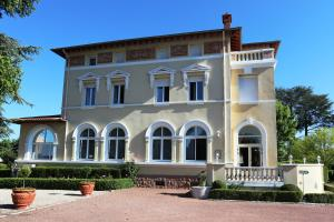 Chateau Blanchard