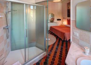 Raffaello Residence, Aparthotely  Sassoferrato - big - 12