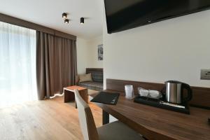 Dolomeet Boutique Hotel, Отели  Пинцоло - big - 70