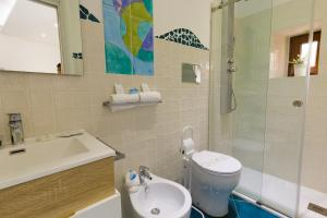 14 Leoni, Bed and breakfasts  Salerno - big - 27