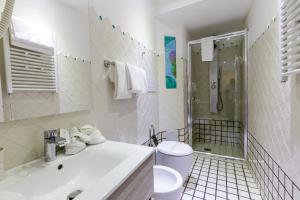 14 Leoni, Bed and breakfasts  Salerno - big - 32