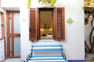 14 Leoni, Bed & Breakfasts  Salerno - big - 71