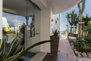 14 Leoni, Bed and breakfasts  Salerno - big - 18