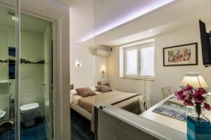 14 Leoni, Bed & Breakfasts  Salerno - big - 85