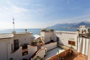 14 Leoni, Bed & Breakfasts  Salerno - big - 59
