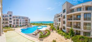 Diamond Beach Apartments