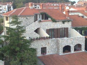 Collins Apartments, Appartamenti  Pola - big - 1