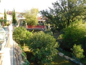 Location gîte, chambres d'hotes Le Mas du Lingousto dans le département Var 83