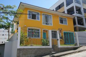 Clandestino Hostel