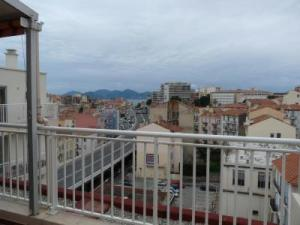 Marie Antoinette Studio, Apartments  Cannes - big - 4