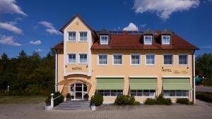 Hotel Alter Wirt - Hallbergmoos