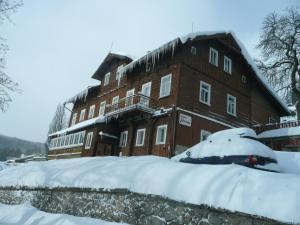 Chata Jitřenka, Hostels  Johannisbad - big - 19
