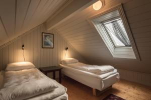 Håholmen Havstuer - By Classic Norway Hotels, Hotely  Karvåg - big - 40