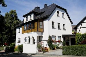 Ferienwohnung Am Eisenbühl - Apartment - Berg