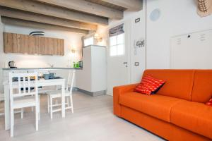 Ginevra Halldis Apartments - AbcAlberghi.com