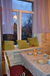Hrushevsky Apartment Near The Theater, Apartmanok  Ternopil - big - 10