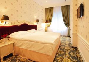 Отель Роял Конгресс, Киев