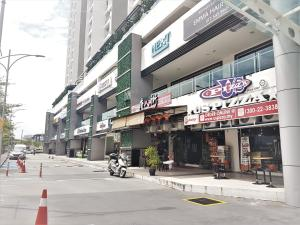 Luxury 4 Bedrooms Suite near Queensbay Mall by D Imperio Homestay, Appartamenti  Bayan Lepas - big - 2