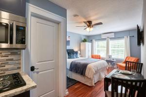 Yamhill Flats: Suite #2, Dovolenkové domy  Newberg - big - 1