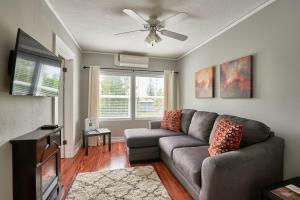 Yamhill Flats: Suite #3, Dovolenkové domy  Newberg - big - 7