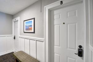 Yamhill Flats: Suite #3, Dovolenkové domy  Newberg - big - 10