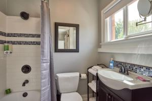 Yamhill Flats: Suite #4, Holiday homes  Newberg - big - 13
