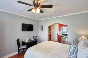 Yamhill Flats: Suite #4, Holiday homes  Newberg - big - 15