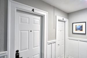 Yamhill Flats: Suite #4, Holiday homes  Newberg - big - 19